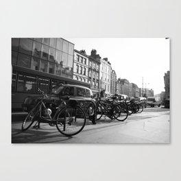 London I  Canvas Print