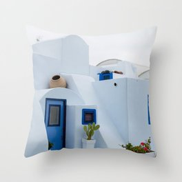 Island house Throw Pillow