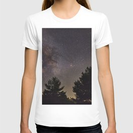 Milkyway at the mountains. Saggitarius Antares and Rho Ophiuchus T-shirt