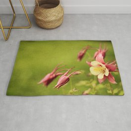 Columbine in Bloom Rug