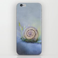 Silent song iPhone & iPod Skin