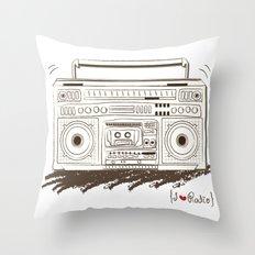 I {❤} RADIO Throw Pillow