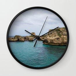 Roca vecchia Wall Clock