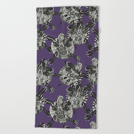 turtle party violet Beach Towel
