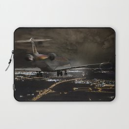 Wind 360 20 kts clear to land Laptop Sleeve