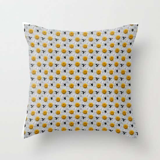 DAISY CHAINS Throw Pillow