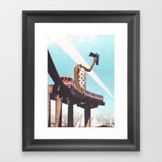 Le train Framed Art Print