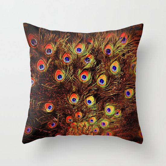 fiery feathers Throw Pillow