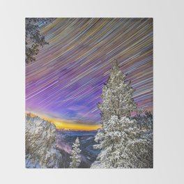 Juniper pass startrails Throw Blanket