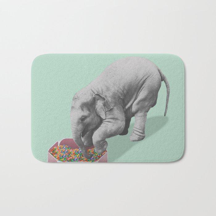 Gourmand elephant (animals collection) Bath Mat