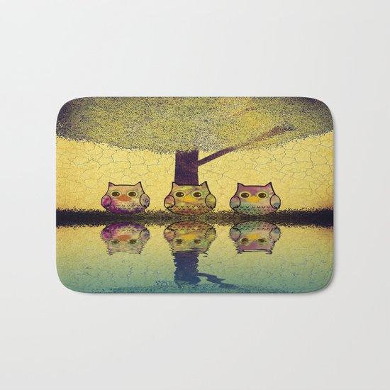 owl-201 Bath Mat