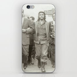 Che Guevara, Fidel Castro and Revolutionaries iPhone Skin