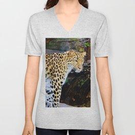 Standing Leopard Unisex V-Neck