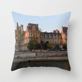 senna parigi Throw Pillow