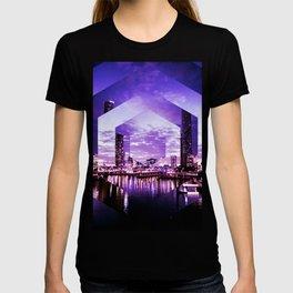 Gorgeous Purple Geometric Brisbane City Riverscape T-shirt