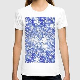 Blue sky and snow. T-shirt
