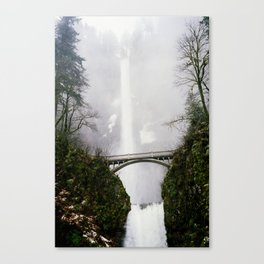 Multnomah Falls in Fog (Winter) Canvas Print