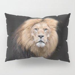 Closeup Portrait of a Male Lion Pillow Sham