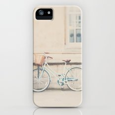 the perfect way to travel ...  iPhone (5, 5s) Slim Case