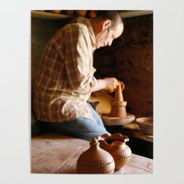 Potter working Poster