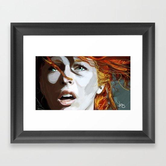 Leeloominaï Framed Art Print