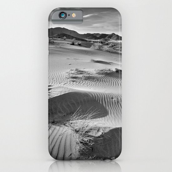Wind traces at the desert iPhone & iPod Case