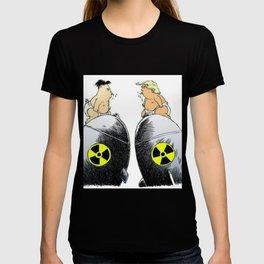 donald trump vs kim jong un T-shirt