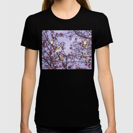 cedar waxwings and berries T-shirt