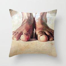 Pensando con los pies Throw Pillow