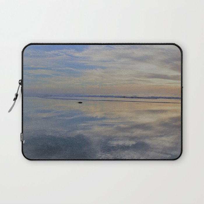 Beach with No Beginning  -   No End Laptop Sleeve
