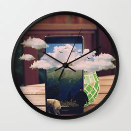 Manipulation Wall Clock