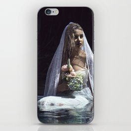 The unravelling of Ophelia iPhone Skin