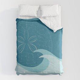 Waves with Sand Dollar - Digital Art  Comforters