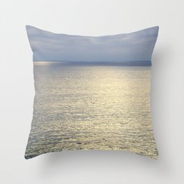 light shining through the clouds Throw Pillow