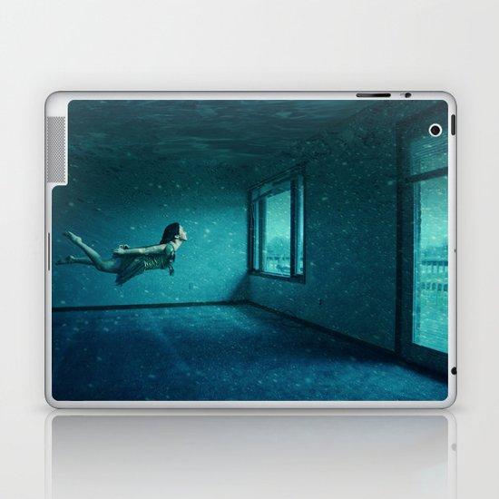 swimming girl Laptop & iPad Skin