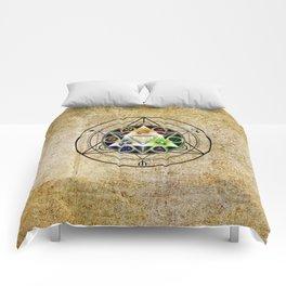 zelda triforce Comforters