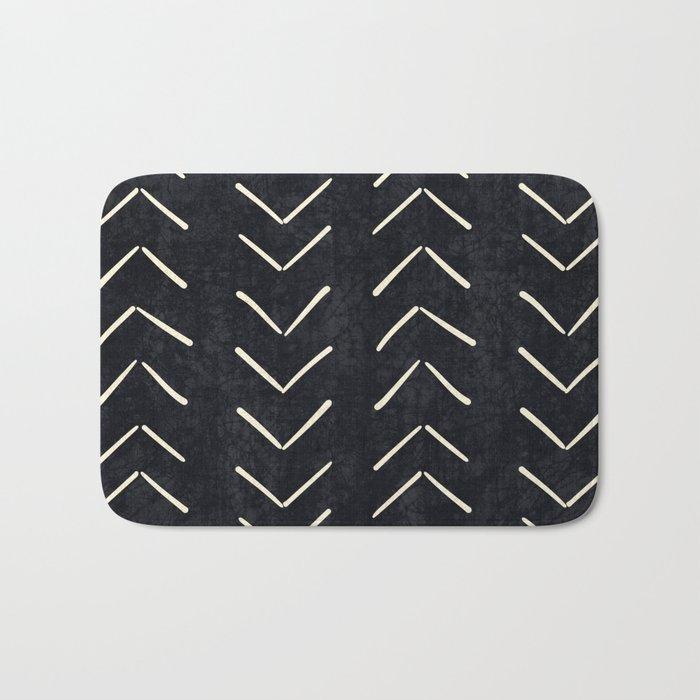 Mudcloth Big Arrows in Black and White Badematte