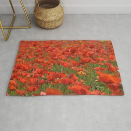 Red poppies 1918 Rug
