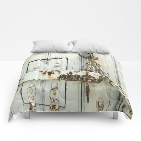 Latched Comforters