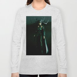 It's come to my attention that you don't know who I am. I am Hela. Odin's firstborn... Long Sleeve T-shirt
