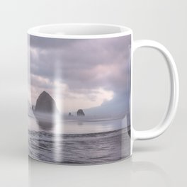 Looking at the mountains Coffee Mug