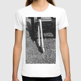 Hanging Canteen T-shirt