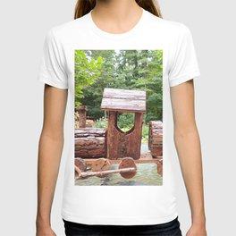 Wooden train | train en bois T-shirt