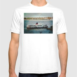 FERRY CROSSING THE RIVER MERSEY, LIVERPOOL T-shirt