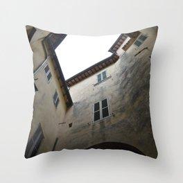spoleto wandering Throw Pillow