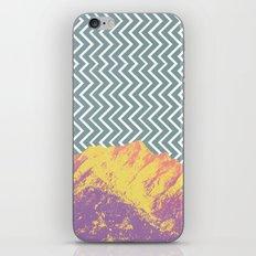 ZIGZAG MOUNTAIN iPhone & iPod Skin