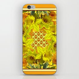 VIGNETTE OF YELLOW SPRING DAFFODILS GARDEN iPhone Skin