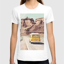 Going on a road trip T-shirt