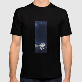 Travel in space T-shirt