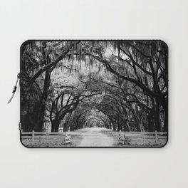 Spanish Moss on Southern Live Oak Trees black and white photograph / black and white art photography Laptop Sleeve